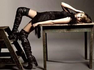 Miley Cyrus Elle sexy photo