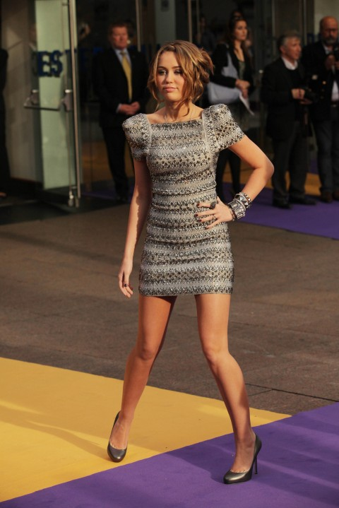 miley cyrus uk premiere of hannah montana 03