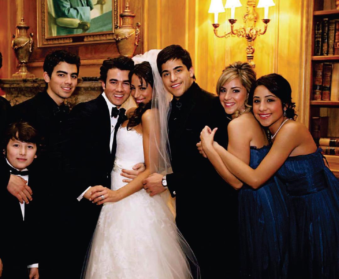 http://hannahmontana2009.files.wordpress.com/2010/01/kevin-jonas-wedding-photo-02.jpg